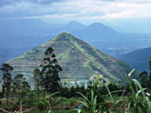 Piramida Nusantara