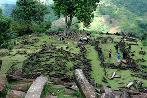 SItus Gunung Pdang, Candi.web.id